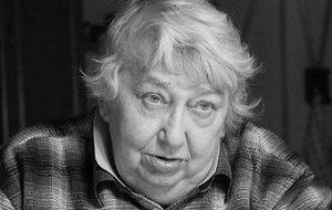 Марина Салье, умершая в 2012 году, была автором «доклада Салье», выявившим коррупционную деятельность Путина и его подельников в мэрии Санкт-Петербурга