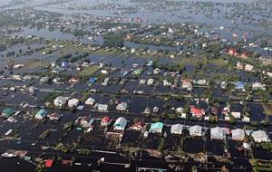 В Якутии, Приморском крае, Хабаровском крае, Амурской области и Еврейской АО введен режим чрезвычайной ситуации из-за паводка.
