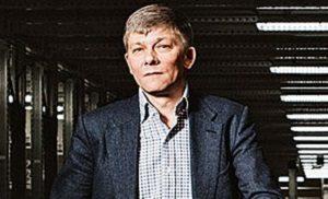 Российский предприниматель. Основатель и основной владелец Интернет-магазина Exist.ru