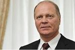 Директор Государственной фельдъегерской службы Российской Федерации (ГФС), бывший вице-губернатор Петербурга. Имеет воинское звание генерал-полковника