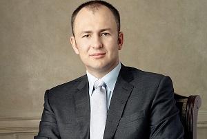 Российский предприниматель, председатель Совета директоров компании ЕвроХим, член Совета директоров Сибирской угольной энергетической компании. Обладая личным состоянием в 10,1 млрд $, в 2016 году занял 139-е место в мировом рейтинге миллиардеров Forbes и 11-е — среди российских миллиардеров