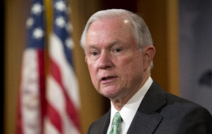 Американский политик-республиканец. Генеральный прокурор США. Младший сенатор США от штата Алабама (впервые был избран в 1996 г.)