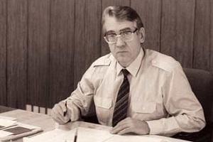Советский и российский партийный и государственный деятель, первый секретарь Свердловского обкома КПСС (1985—88), руководитель Администрации Президента Российской Федерации (1991—93)
