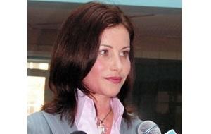 Директор языкового центра «Интерлингва», совладелеца ООО «Чистые пруды», генеральный директор ООО «НБ-Ритейл»