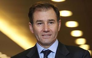"""Генеральный директор и совладелец швейцарской компании """"Glencore International"""", также входит в советы директоров горнодобывающих компаний """"Xstrata plc"""" и """"Minara Resources Ltd"""""""