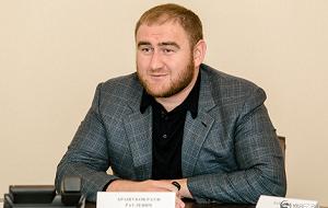 Член Комитета Совета Федерации по экономической политике. Представитель от исполнительного органа государственной власти Карачаево-Черкесской Республики
