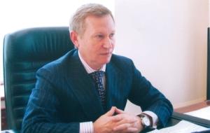 Член Комитета Совета Федерации по конституционному законодательству и государственному строительству. Представитель от исполнительного органа государственной власти Ставропольского края
