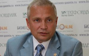 Член Комитета Совета Федерации по аграрно-продовольственной политике и природопользованию. Представитель от законодательного (представительного) органа государственной власти Республики Татарстан
