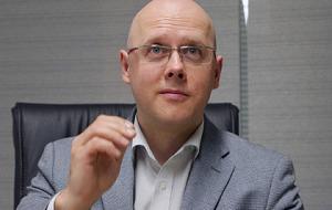 Член Комитета Совета Федерации по экономической политике. Представитель от исполнительного органа государственной власти Владимирской области