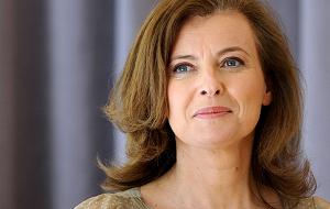 Французская телеведущая и журналист. Первая леди Франции, фактическая жена президента Франции Франсуа Олланда с 2007 года по январь 2014 года
