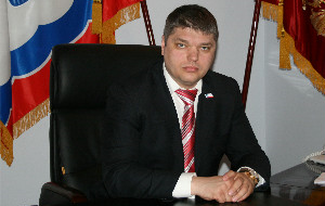 Член Комитета Совета Федерации по науке, образованию и культуре. Представитель от законодательного (представительного) органа государственной власти Ленинградской области