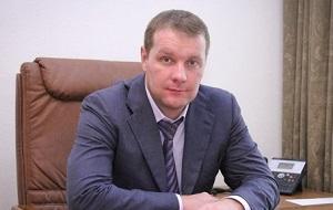 Заместитель руководителя спорта и туризма города Москвы, начальник Управления физкультурно-массовой работы. Соучредитель двух строительных фирм – «Стройальянс» и «Стройальянс плюс»
