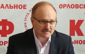 Член Комитета Совета Федерации по бюджету и финансовым рынкам. Представитель от законодательного (представительного) органа государственной власти Орловской области