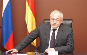 Член Комитета Совета Федерации по обороне и безопасности. Представитель от исполнительного органа государственной власти Республики Северная Осетия - Алания