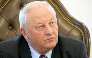 Член Комитета Совета Федерации по бюджету и финансовым рынкам. Представитель от исполнительного органа государственной власти Свердловской области