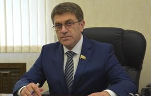 Член Комитета Совета Федерации по бюджету и финансовым рынкам. Представитель от законодательного (представительного) органа государственной власти Карачаево-Черкесской Республики