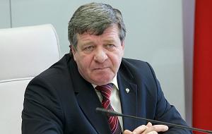 Член Комитета Совета Федерации по бюджету и финансовым рынкам. Представитель от законодательного (представительного) органа государственной власти Красноярского края