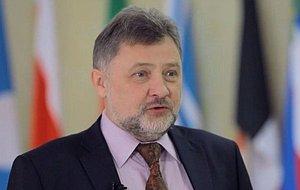 Член Комитета Совета Федерации по экономической политике. Представитель от исполнительного органа государственной власти Республики Адыгея