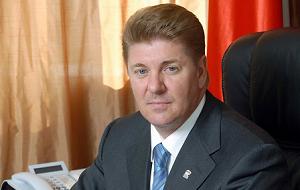 Член Комитета Совета Федерации по федеративному устройству, региональной политике, местному самоуправлению и делам Севера. Представитель от законодательного (представительного) органа государственной власти Оренбургской области