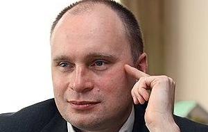 Предприниматель, менеджер, собственник 100 % акций ОАО «Седьмой континент», управляющем одноименной сетью супермаркетов, владелец группы «Мкапитал», которой принадлежит более чем 1,2 млн м² торговой и офисной недвижимости в Москве и регионах, в том числе торговый центр «Охотный ряд» на Манежной площади и торговые центры в Реутове, Ростове, Перми и Новосибирске