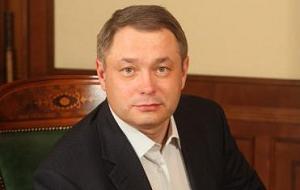 Российский политик, предприниматель и учёный, до 2014 года совладелец «Мой банк», основатель и сопредседатель политической партии «Альянс зелёных — Народная партия» (2012—2015 годах)