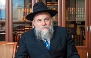 Президент Федерации еврейских общин России, основатель Еврейского музея и центра толерантности, Член Общественной палаты РФ