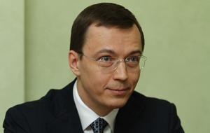 Миллиардер, совладелец компании «Мерлион», основной акционер РОСТ Банка.