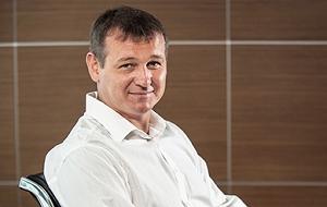Российский предприниматель, создатель и председатель совета директоров инвестиционного холдинга «ФИНАМ», одного из крупнейших в России. Член совета директоров НАУФОР.