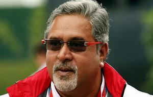Индийский миллиардер, владелец и руководитель команды Формулы-1 Force India с 2008 года. Сын промышленника Виттала Маллья. Руководитель United Breweries Group и Kingfisher Airlines. (Арестован в Лондоне по запросу индийских властей).