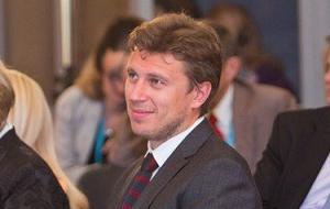 Руководитель Центра развития межличностных коммуникаций и издательского дома «Литературная учёба», спортсмен. В январе 2016 года ряд СМИ заявили о том, что предполагаемый новый супруг Людмилы Путиной
