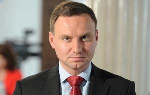 ольский политический деятель. 24 мая 2015 года избран президентом Польши, вступил в эту должность 6 августа 2015 года.