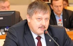 Заместитель Председателя Правления Пенсионного фонда Российской Федерации с марта 2013 года, бывший Председатель Фонда социального страхования РФ