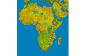 Второй по площади материк после Евразии, омывается Средиземным морем с севера, Красным — с северо-востока, Атлантическим океаном с запада и Индийским океаном с востока и юга. Африкой называется также часть света, состоящая из материка Африка и прилегающих островов. Площадь Африки составляет 29,2 млн км², с островами — около 30,3 млн км², покрывая, таким образом, 6 % общей площади поверхности Земли и 20,4 % поверхности суши. На территории Африки расположено 55 государств