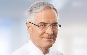 Член наблюдательного совета TUEV-Nord/Hannover (Германия). Независимый директор, член Совета директоров СУЭК с 2012 года.