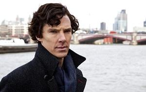 Британский актёр театра, кино и телевидения. Лауреат премии Лоуренса Оливье (2012) и «Эмми» (2014), двукратный номинант на премию «Золотой глобус», номинант на премию «Оскар». Командор Ордена Британской империи (2015)