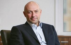 Украинский предприниматель еврейского происхождения, миллиардер. Занимает 3-е место в рейтинге самых богатых людей Украины (2015) с состоянием $1,3 млрд. Соучредитель и совладелец группы «Приват»