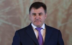 Глава администрации, а затем губернатор Волгоградской области (2 февраля 2012 года — 2 апреля 2014 года). За свою карьеру состоял в партиях «Яблоко», Российская партия жизни, «Единая Россия» и др