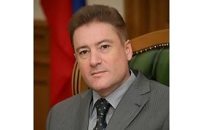 Российский государственный и политический деятель, предприниматель, с сентября 2005 года по сентябрь 2010 года губернатор Калининградской области. Кандидат технических наук