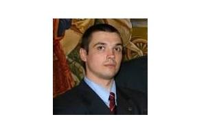 Член президиума Конгресса русских общин (КРО)  и активный участник акций против Pussy Riot помощник вице-премьера Дмитрия Рогозина