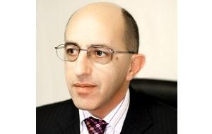 Совладелец Стройлесбанка, бывший совладелец«Бурнефтегаза». Экс-владелец «Новоросцемента»