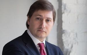 Председатель Общественного совета Государственной жилищной инспекции Московской области. Председатель Партии «Достоинство»