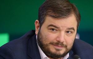 Российский теле- и кинопродюсер, учредитель группы компаний «ВайТ Медиа», заместитель генерального директора — генеральный продюсер АО «Телекомпания НТВ»