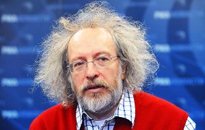 Российский журналист, главный редактор, совладелец