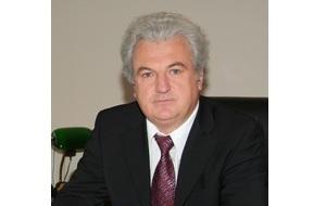 Российский управленец и юрист, глава Одинцовского района Московской области (с 1991 года по декабрь 2013)