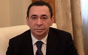 Президент ОАО «ОНХК». Бывший генеральный директор «Сибура»,бывший генеральный директор ОАО Газсибконтракт