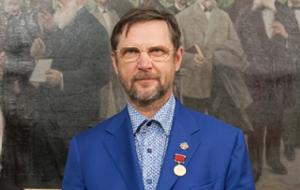 Один из учредителей Русского афонского общества и бывший член совета директоров банка «Северный морской путь». В СМИ его называют «массажистом Путина»