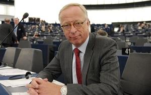 Шведский экономист и политик, бывший член Риксдага, депутат Европейского парламента