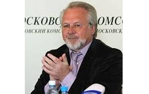 Главный редактор, и владелец газеты «Московский комсомолец»
