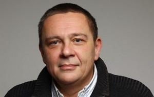 Российский финансовый и биржевой аналитик, экономист, бывший обозреватель и ведущий телеканала РБК и радио Finam FM.