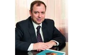 Заместитель Председателя Комитета Совета Федерации  по экономической политике, предпринимательству и собственности, представитель Законодательного Собрания Пермской области, Член попечительского совета Опoры Росии